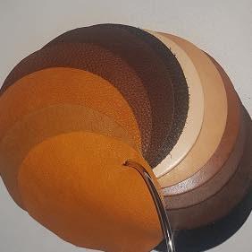 Westernsattel - Auswahlmöglichkeiten: Lederfarbe vom J.v.G. Luxury custom